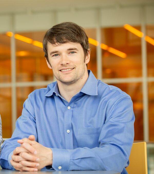 CCIL Member Research Optimizes Quantum Dot Probe Size for Single-Receptor Imaging