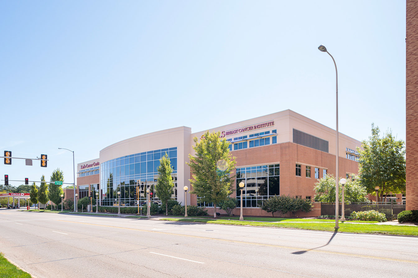 Carle Cancer Center and Mills Breast Cancer Institute exterior