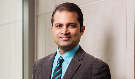 Congratulations to Saurabh Sinha, One of Six Illinois Faculty Members To Be Named A University Scholar